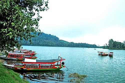 Gambar Daftar Lengkap Obyek Wisata Liburan di Bandung